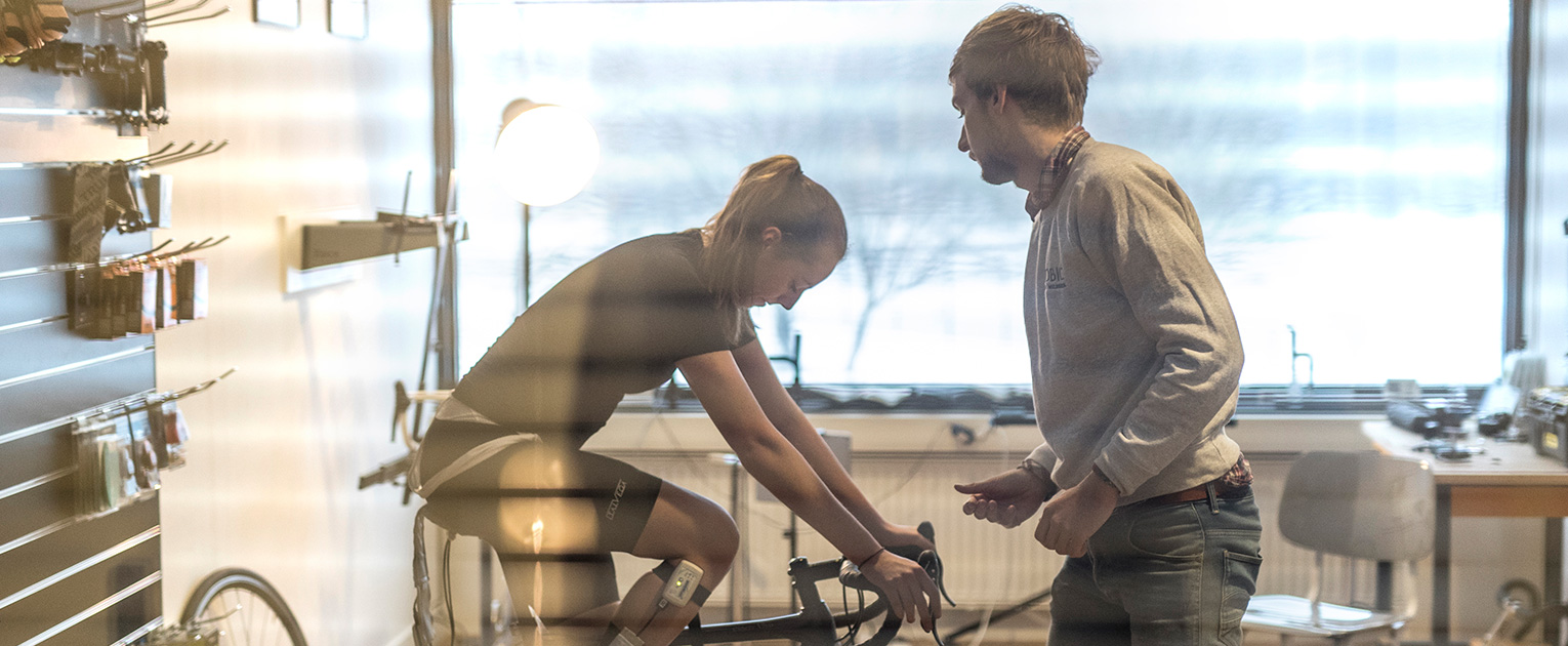 Bike fitting with Lise Visser