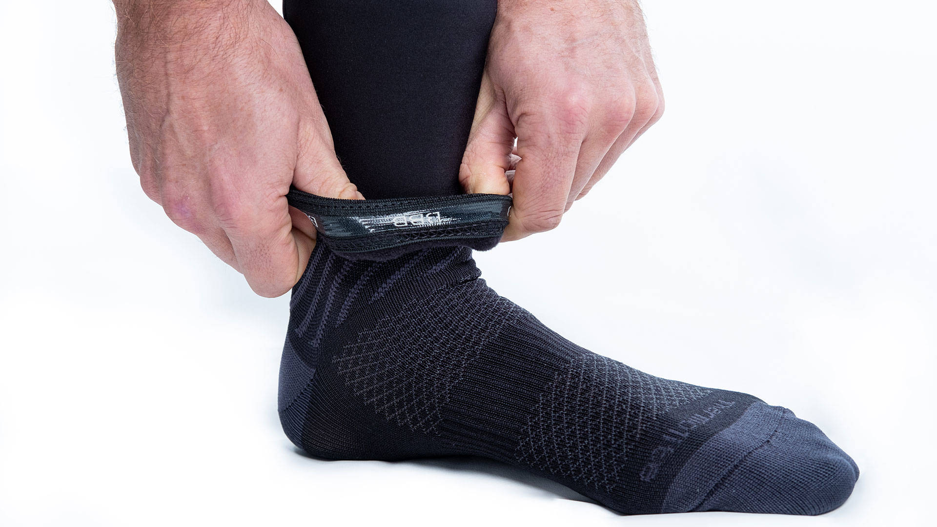 Silicone grip at the ankles